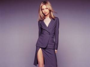 ally_mcbeal_wallpaper_1600x1200_1